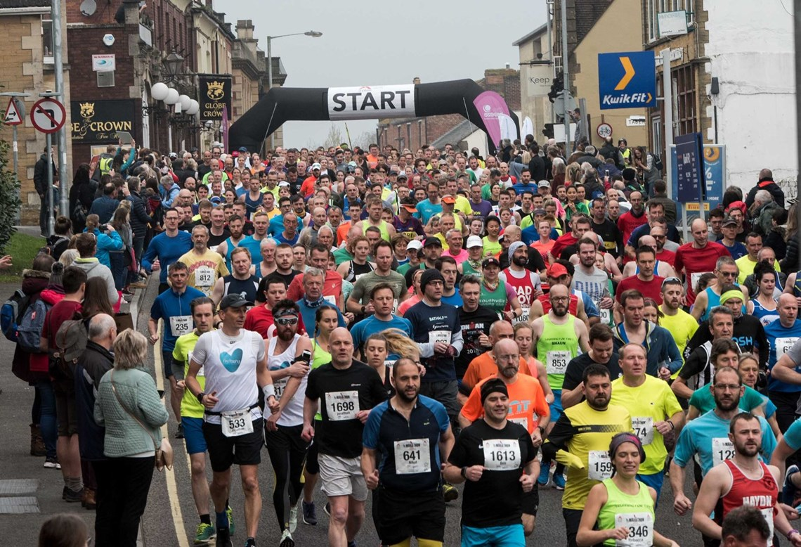 runners turn out in force for the yeovil half marathon.jpg