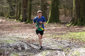 stan hayes on his way to 3rd place in larmer tree 20 miler.jpg