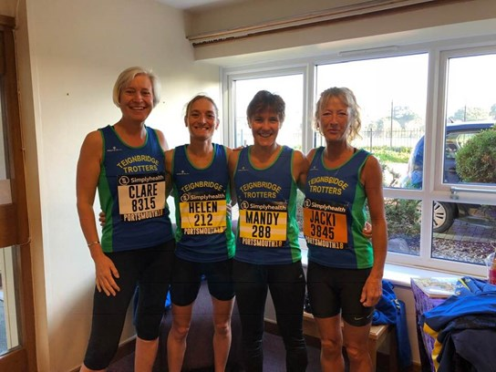 team photo before the great south run.jpg